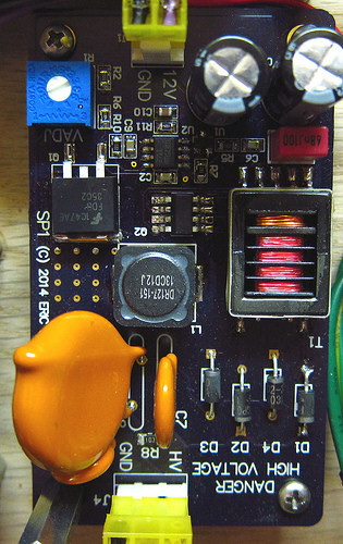Escrts on 12 volt voltage amplifier